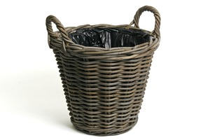 Kubu Willow Potato Basket Planter